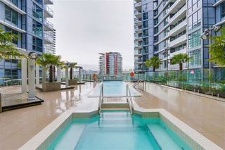 "Photo 11: 501 68 SMITHE Street in Vancouver: Downtown VW Condo for sale in ""ONE PACIFIC"" (Vancouver West)  : MLS®# R2398292"