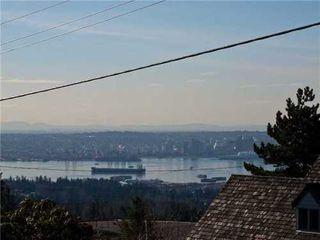 Photo 4: 392 VENTURA Crescent in North Vancouver: Home for sale : MLS®# V871782