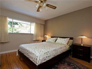 Photo 2: 392 VENTURA Crescent in North Vancouver: Home for sale : MLS®# V871782