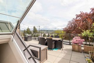 "Photo 24: 402 20 E ROYAL Avenue in New Westminster: Fraserview NW Condo for sale in ""The Lookout- Victoria Hill"" : MLS®# R2454262"