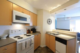 """Photo 8: 805 680 CLARKSON Street in New Westminster: Downtown NW Condo for sale in """"THE CLARKSON"""" : MLS®# R2458542"""