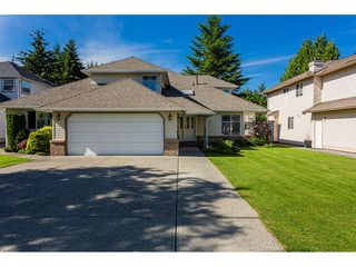 "Photo 2: 21023 45 Avenue in Langley: Brookswood Langley House for sale in ""Cedar Ridge - Central Langley"" : MLS®# R2467264"