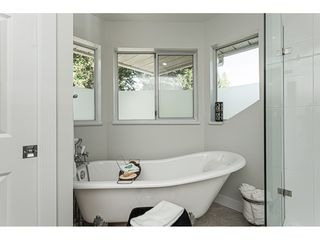 "Photo 13: 21023 45 Avenue in Langley: Brookswood Langley House for sale in ""Cedar Ridge - Central Langley"" : MLS®# R2467264"
