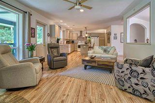Photo 3: 696 CONRAD Road: Roberts Creek House for sale (Sunshine Coast)  : MLS®# R2478128
