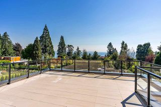 Photo 34: 14020 MARINE Drive: White Rock House for sale (South Surrey White Rock)  : MLS®# R2478365