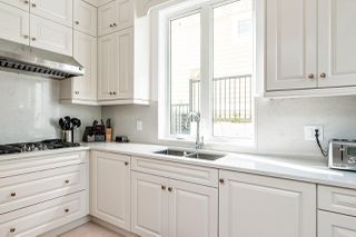 Photo 14: 14020 MARINE Drive: White Rock House for sale (South Surrey White Rock)  : MLS®# R2478365