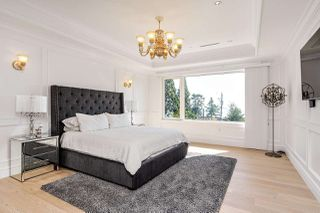 Photo 17: 14020 MARINE Drive: White Rock House for sale (South Surrey White Rock)  : MLS®# R2478365