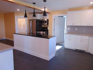 Photo 3: 2196 Lakewood Road in Upper Dyke: 404-Kings County Residential for sale (Annapolis Valley)  : MLS®# 202014768