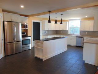 Photo 2: 2196 Lakewood Road in Upper Dyke: 404-Kings County Residential for sale (Annapolis Valley)  : MLS®# 202014768