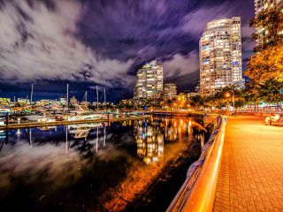 """Photo 5: 2502 928 BEATTY Street in Vancouver: Yaletown Condo for sale in """"THE MAX 1"""" (Vancouver West)  : MLS®# R2502198"""