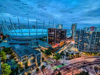 """Photo 3: 2502 928 BEATTY Street in Vancouver: Yaletown Condo for sale in """"THE MAX 1"""" (Vancouver West)  : MLS®# R2502198"""
