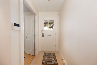 """Photo 3: 2158 W 8TH Avenue in Vancouver: Kitsilano Townhouse for sale in """"Handsdowne Row"""" (Vancouver West)  : MLS®# R2514357"""
