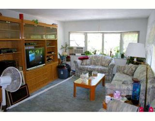 Photo 2:  in King George Mobile Home Park: Home for sale : MLS®# F2822378