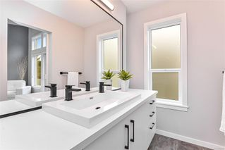 Photo 32: 102 684 Hoylake Ave in : La Thetis Heights Row/Townhouse for sale (Langford)  : MLS®# 859959