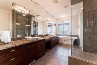 Photo 14: 33 Spring Valley Lane SW in Calgary: Springbank Hill Detached for sale : MLS®# A1047660