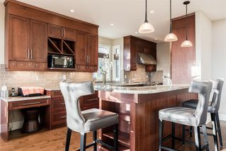 Photo 8: 33 Spring Valley Lane SW in Calgary: Springbank Hill Detached for sale : MLS®# A1047660