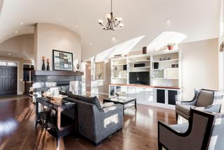 Photo 6: 33 Spring Valley Lane SW in Calgary: Springbank Hill Detached for sale : MLS®# A1047660