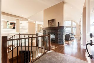 Photo 4: 33 Spring Valley Lane SW in Calgary: Springbank Hill Detached for sale : MLS®# A1047660