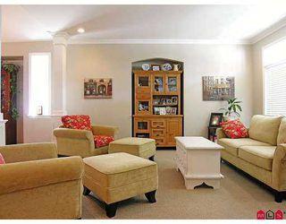 Photo 4: 34095 HIGGINSON CR in Abbotsford: Poplar House for sale : MLS®# F2618063