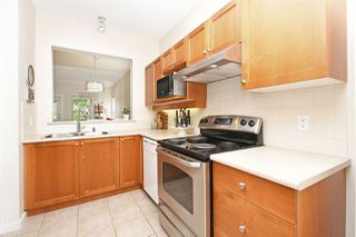 "Photo 10: 245 15 SIXTH Avenue in New Westminster: GlenBrooke North Townhouse for sale in ""Crofton"" : MLS®# R2396970"