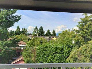 """Photo 15: 303 331 KNOX Street in New Westminster: Sapperton Condo for sale in """"Westmount Arms"""" : MLS®# R2399346"""