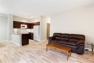 """Photo 4: 3260 E 54TH Avenue in Vancouver: Champlain Heights Townhouse for sale in """"THE BRITTANY AT CHAMPLAIN GARDENS"""" (Vancouver East)  : MLS®# R2437040"""