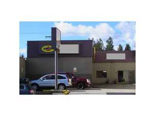 Photo 2: 4835 Main Street in Vancouver: Main Business for sale (Vancouver East)