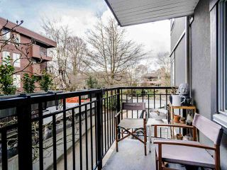 """Photo 15: 213 555 W 14TH Avenue in Vancouver: Fairview VW Condo for sale in """"Cambridge Place"""" (Vancouver West)  : MLS®# R2448193"""