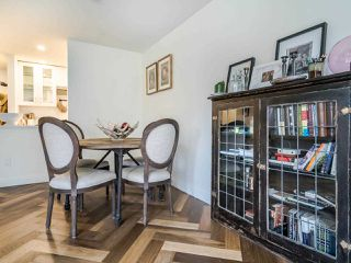 """Photo 10: 213 555 W 14TH Avenue in Vancouver: Fairview VW Condo for sale in """"Cambridge Place"""" (Vancouver West)  : MLS®# R2448193"""