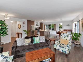 Photo 5: 3701 N Arbutus Dr in COBBLE HILL: ML Cobble Hill House for sale (Malahat & Area)  : MLS®# 841306
