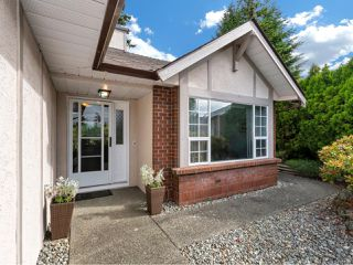 Photo 2: 3701 N Arbutus Dr in COBBLE HILL: ML Cobble Hill House for sale (Malahat & Area)  : MLS®# 841306