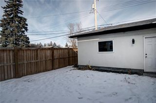 Photo 36: 7940 46 Avenue NW in Calgary: Bowness Semi Detached for sale : MLS®# C4306157