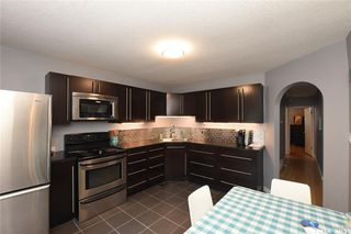 Photo 10: 5300 3rd Avenue in Regina: Rosemont Residential for sale : MLS®# SK817996