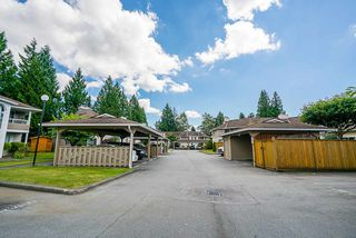 """Photo 3: 18 14850 100 Avenue in Surrey: Guildford Condo for sale in """"High Point Court"""" (North Surrey)  : MLS®# R2479528"""