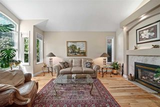 Photo 4: 20915 GOLF Lane in Maple Ridge: Southwest Maple Ridge House for sale : MLS®# R2487359