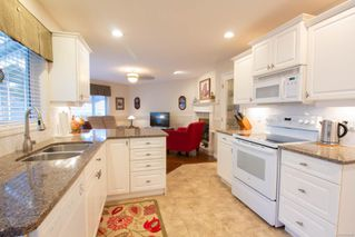 Photo 2: 798 Devon Pl in : PQ Qualicum Beach House for sale (Parksville/Qualicum)  : MLS®# 858440