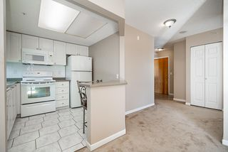 """Photo 15: 1207 1185 QUAYSIDE Drive in New Westminster: Quay Condo for sale in """"RIVIERA TOWERS"""" : MLS®# R2515860"""