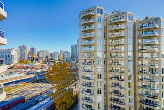 """Photo 2: 1207 1185 QUAYSIDE Drive in New Westminster: Quay Condo for sale in """"RIVIERA TOWERS"""" : MLS®# R2515860"""