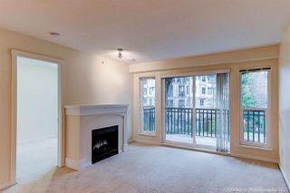 """Photo 4: 408 3082 DAYANEE SPRINGS Boulevard in Coquitlam: Westwood Plateau Condo for sale in """"THE LANTERNS"""" : MLS®# R2528071"""