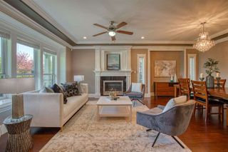 Photo 3: 7040 MALIBU Drive in Burnaby: Westridge BN House for sale (Burnaby North)  : MLS®# R2388500