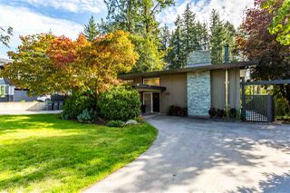 Photo 3: 12104 56 Avenue in Surrey: Panorama Ridge House for sale : MLS®# R2413041