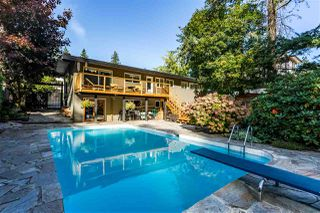Photo 5: 12104 56 Avenue in Surrey: Panorama Ridge House for sale : MLS®# R2413041