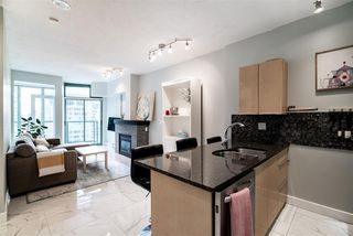 "Main Photo: 2303 1239 W GEORGIA Street in Vancouver: Coal Harbour Condo for sale in ""VENUS"" (Vancouver West)  : MLS®# R2429845"