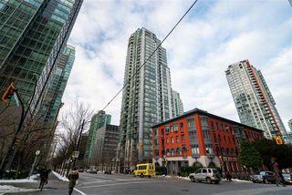 "Photo 18: 2303 1239 W GEORGIA Street in Vancouver: Coal Harbour Condo for sale in ""VENUS"" (Vancouver West)  : MLS®# R2429845"