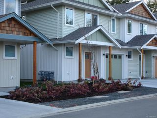 Photo 7: 40 2109 13th St in COURTENAY: CV Courtenay City Row/Townhouse for sale (Comox Valley)  : MLS®# 831807