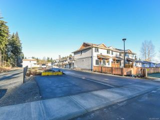 Photo 2: 40 2109 13th St in COURTENAY: CV Courtenay City Row/Townhouse for sale (Comox Valley)  : MLS®# 831807