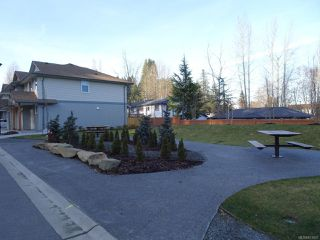 Photo 6: 40 2109 13th St in COURTENAY: CV Courtenay City Row/Townhouse for sale (Comox Valley)  : MLS®# 831807