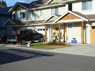 Photo 4: 40 2109 13th St in COURTENAY: CV Courtenay City Row/Townhouse for sale (Comox Valley)  : MLS®# 831807