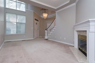 "Photo 10: 6273 W BOUNDARY Drive in Surrey: Panorama Ridge Townhouse for sale in ""LAKEWOOD HEIGHTS"" : MLS®# R2432070"
