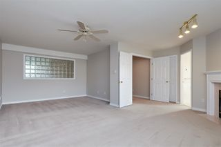 "Photo 7: 6273 W BOUNDARY Drive in Surrey: Panorama Ridge Townhouse for sale in ""LAKEWOOD HEIGHTS"" : MLS®# R2432070"